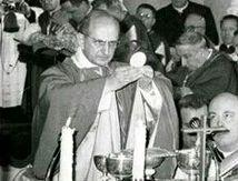 PROFESSION DE FOI DU PAPE SAINT PAUL VI : extrait sur l'eucharistie.