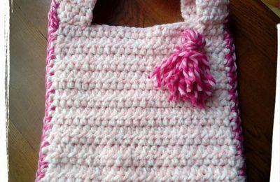 Encore un sac en crochet mais de couleur rose....