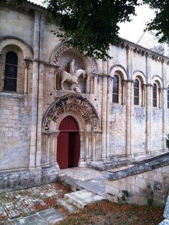 Melle : église romane Saint-Hilaire.