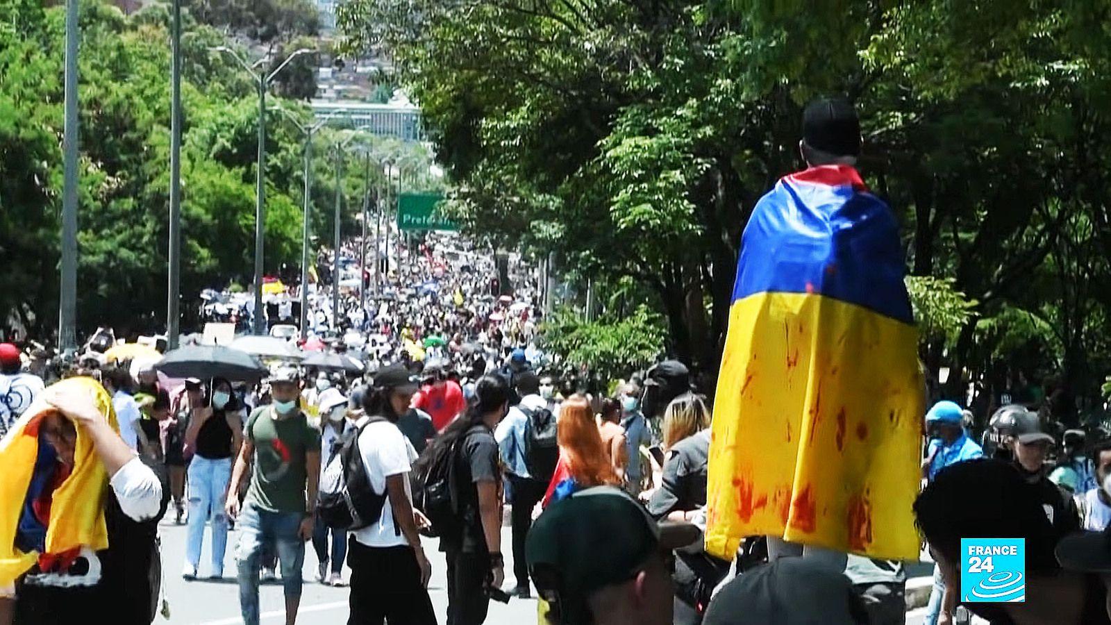 En Colombie, la police tire à bout portant sur les manifestants