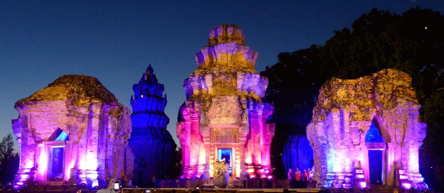 Le Prasat Sikoraphum (province de Surin)