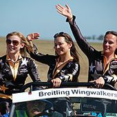 Breitling Wingwalkers - Wikipédia