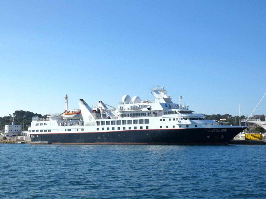 SILVER EXPLORER , à quai   au mole d'aermement à la Seyne sur mer le 29 juin 2020