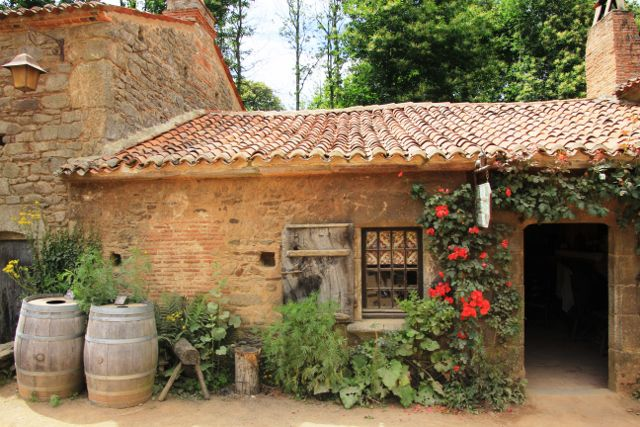 Village au XVIIIeme siècle Puy du Fou