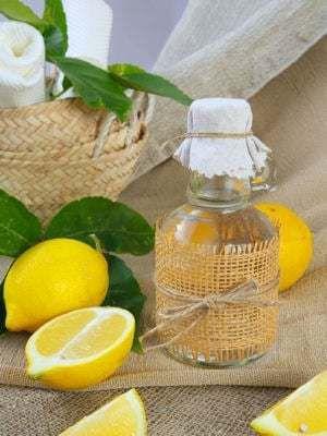 La lotion dégraissante citron vinaigre blanc