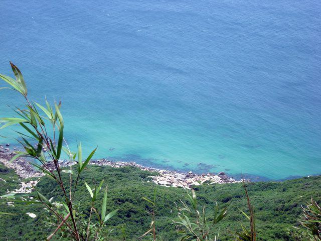"""Hainan, ile """"paradisiaque""""... à condition d'éviter Sanya au sud... le reste de l'ile se visite facilement sans trop de touristes et de tourisme de masse..."""