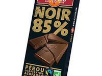 Minis fondants au chocolat noir 85% équitable et son yaourt maison .