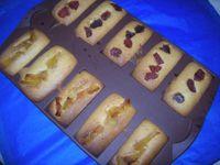 Mousse blanche/ financiers/ éclair chantilly fraises/ Tartelettes diverses /Mousse aux premières poires / cheesecake framboises/ Mousse au Toblerone