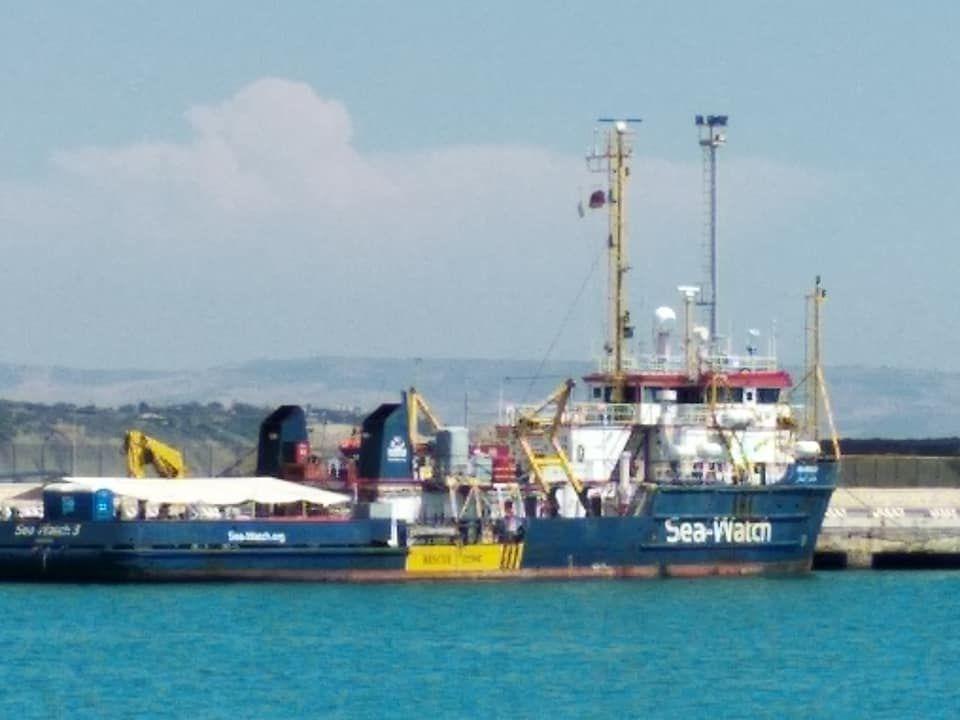 Le scandale de l'immobilisation des navires de sauvetage en Italie alors que de nouveaux migrants meurent chaque jour noyés en Méditerranée