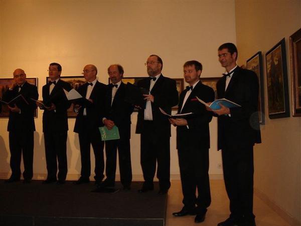 Répétitions et concerts à l'occasion de Polyfollia 2006 à Saint Lô. Quelques excellents souvenirs et une très belle expérience.