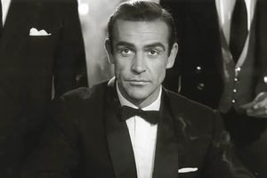 "Mort de Sean Connery : ""C'était James Bond"" réagit un Haut-Savoyard membre du fan club officiel"