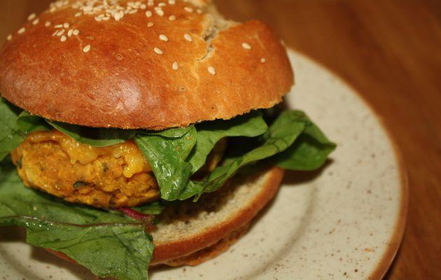 """""""Les blogueuses cuisinent vegan"""" alors moi aussi: burgers de lentilles corail et chutney de mangue by Géraldine"""
