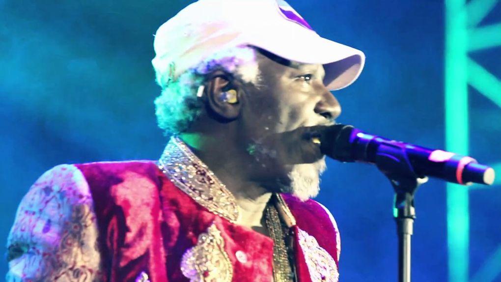 Imágenes de Alpha Blondy, músico marfileño de Reggae.- El Muni.