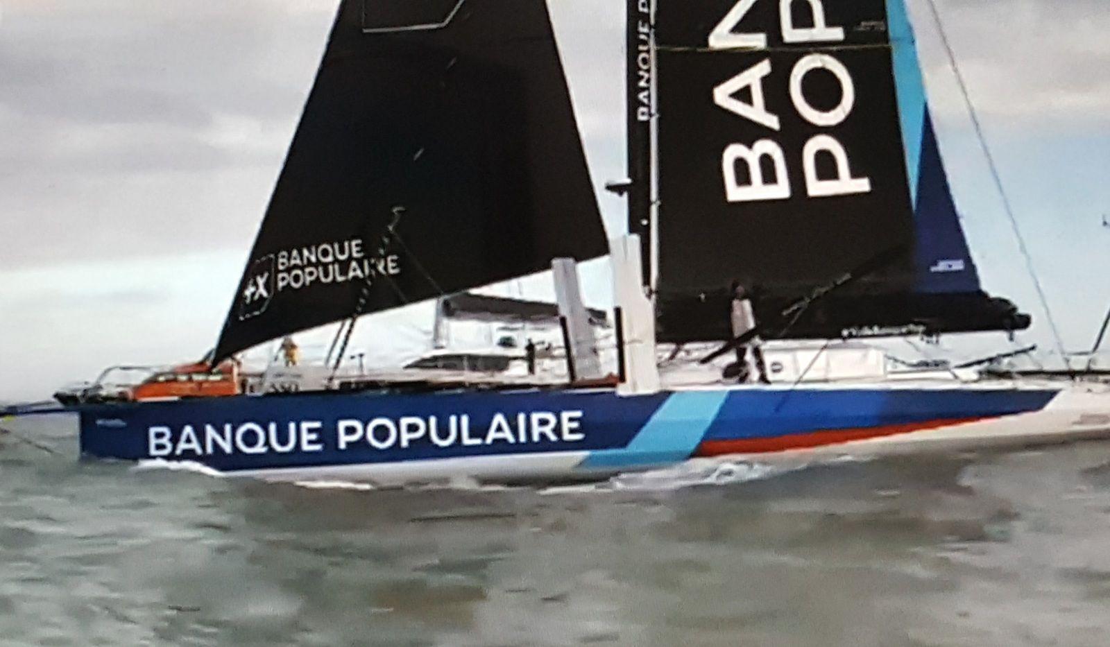 Vendée Globe : arrivée de Clarisse CREMER