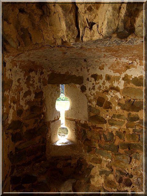 Diaporama château fort et porte fortifiée de Levroux