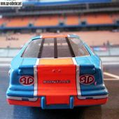 PONTIAC GRAND PRIX NASCAR 1988 RICHARD PETTY QUARTZO 1/43. - car-collector.net