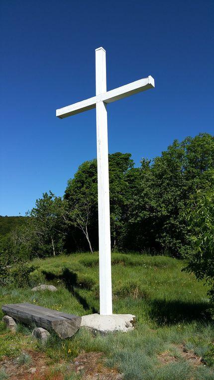 Un petit détour à la croix de Montréal pour admirer cette belle vallée de Brezons.