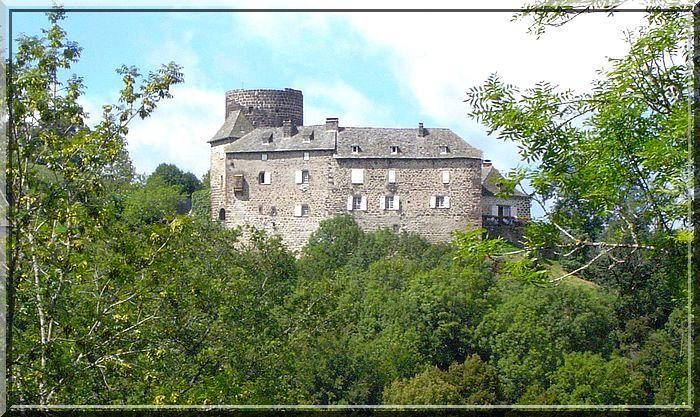 Diaporama des 2 maisons fortes et du château de Brommat