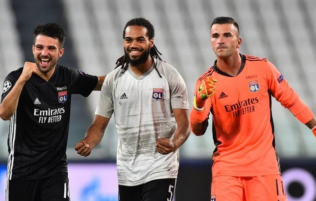 Lyon hold off 'extraterrestial' Ronaldo and Juventus to reach Champions League last-eight