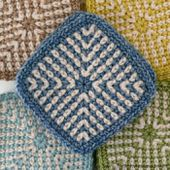 Two-Colour Linen Stitch Square ⋆ Look At What I Made