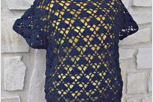 une tunique ajourée au crochet