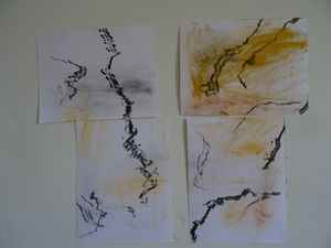 Une fois séparée chaque partie de ce dessin devient un tableau abstrait.