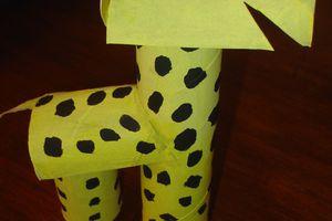 Une Girafe en carton