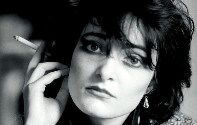 Siouxsie - Cities In Dust