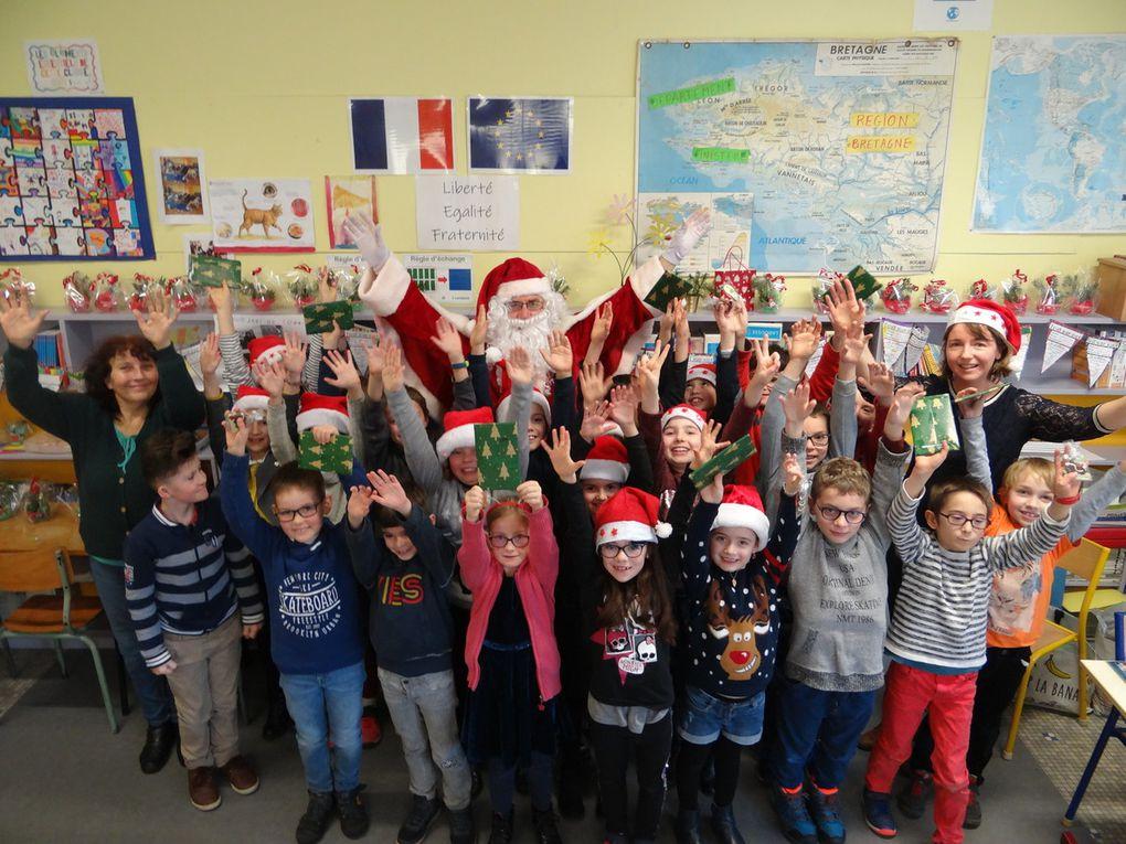 Le Père Noël est passé à l'école!
