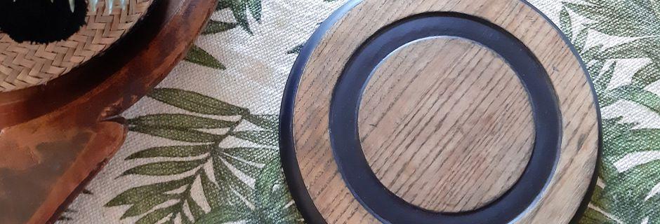 Dessous de plat en chêne massif, rondeur et minimalisme ...