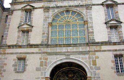 La porte dorée, château de Fontainebleau