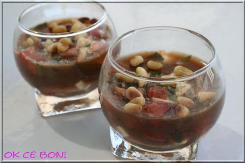 Verrine de tomates mozzarella en gelée de vinaigre balsamique