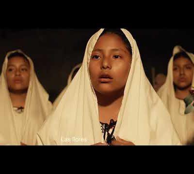 """Quelle belle interprétation de """"La Llorona"""" en Náhuatl par le chœur Niño Jesús. Parler une langue autochtone est une source de fierté"""
