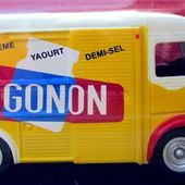 FASCICULE N°35 CITROEN TYPE H YAOURT GONON IXO 1/43 - car-collector.net