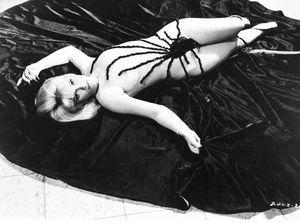 La pépée du jour n°4 : Estella Blain (1930-1982)