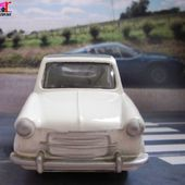 VESPA 400 1957 DECOUVRABLE BLANC ALASKA CAPOTE GRISE QUIRALU ERIA 1/43 - car-collector.net