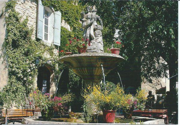 Saignon lla fontaine