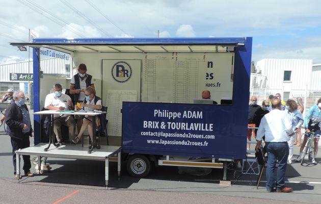 Ça a roulé à Saint-Sauveur-le-V. ... et à Besneville