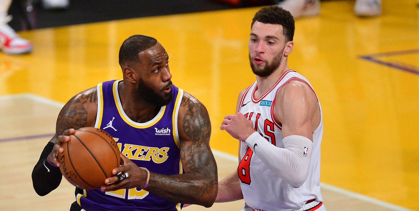 LeBron James et les Lakers s'en sortent bien face aux Bulls de Zach LaVine