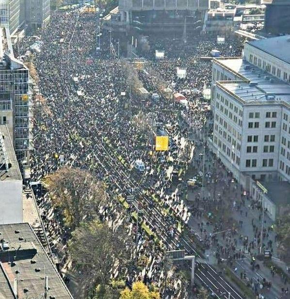 Leipzig : le peuple allemand se lève pour défendre les libertés
