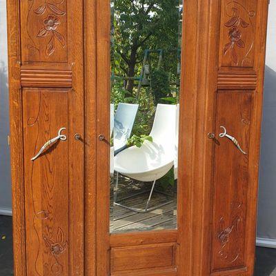 Armoire Art Déco Chêne foncé L135 - 150 euros