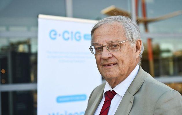 Bertrand Dautzenberg a la certitude que la cigarette électronique aide à l'arrêt du tabac