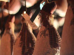 Tortilla à la saucisse de Morteau et aux asperges