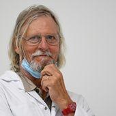 """""""Nous n'avons jamais changé d'avis"""" : le professeur Raoult répond à ses détracteurs"""