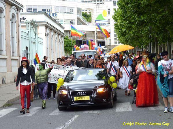 Gap Pride 2016