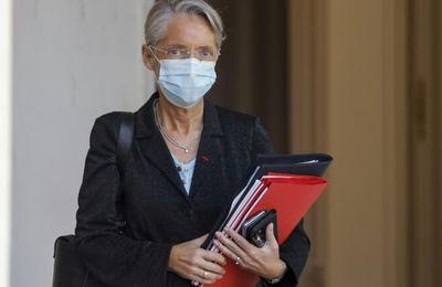 """JUSQUEBOUTISTE - Elisabeth Borne sur le pass sanitaire: """"il ne faut pas laisser croire aux salariés qu'il ne peut pas y avoir de licenciements"""""""