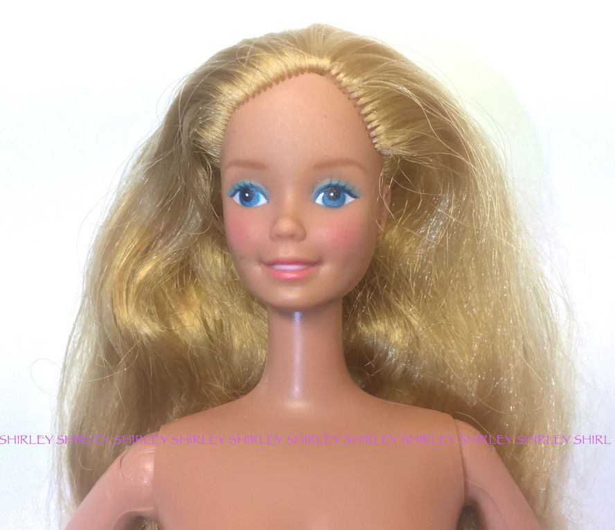 """""""PINK AND PRETTY"""" BARBIE DOLL 1981 MATTEL #3551"""