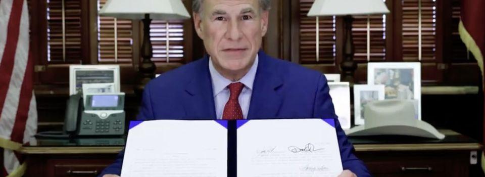 """Texas prohíbe a todas las entidades gubernamentales y empresas exigir """"pasaportes de vacunas"""""""