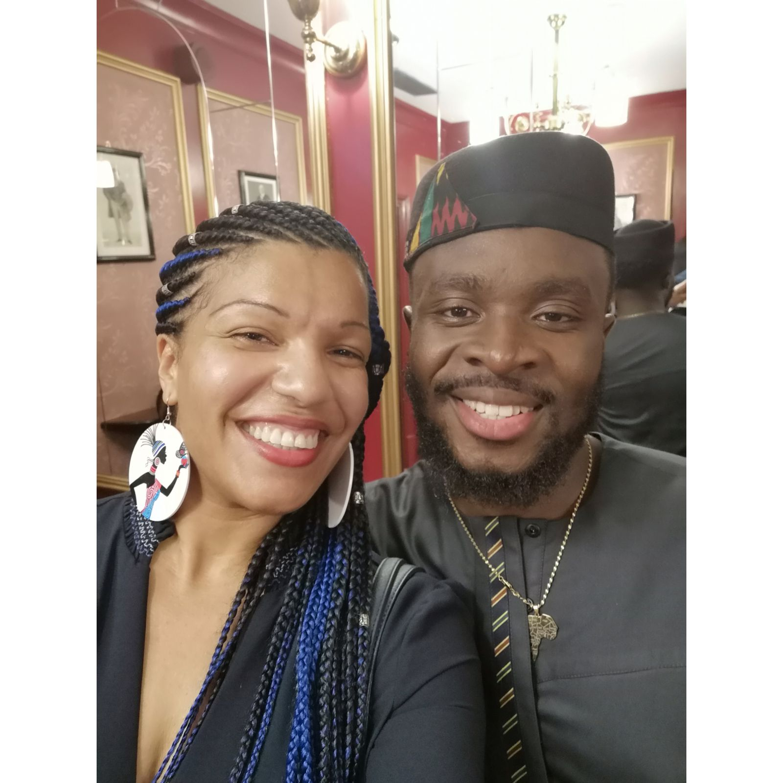 Our cultural mediator, Caro Sika, got a selfie snapshot with FUSE ODG at the latest Black Magic Awards.
