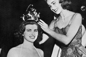 Décès de Sylviane Carpentier, la première Miss France couronnée par Geneviève de Fontenay en 1953